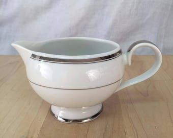 "1 Creamer | Mikasa ""Classic Platinum"" 
