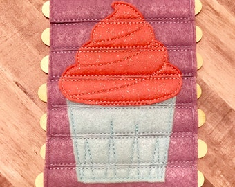 Embroidered Cupcake Stick Puzzle