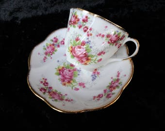 Salisbury Bone China Pink Roses Gold Gilding Scalloped Cup and Saucer