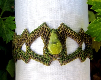 Green and Brown Serpentine stone macrame bracelet