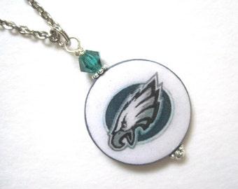 Philadelphia Eagle. Pro Football. Fan wear. Mother  of Pearl Pendant Necklace.