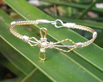 Cross Wire Wrapped Bracelet with small pearl