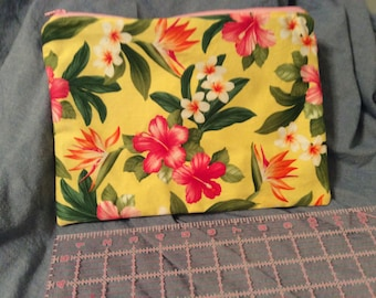Large zippered pouch- yellow Hibiscus