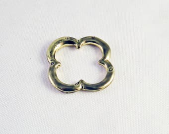 ITL94 - Fleur clover 4 leaf lucky gold matte aged shaped connector 22mm