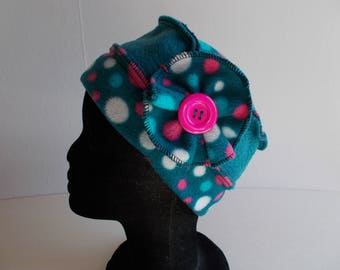 Hat hat in turquoise fleece and polka dots