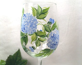 Free shipping Blue Hydrangeas hand painted wine glass