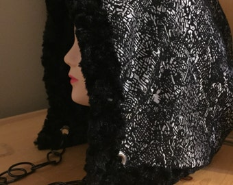 Black and Grey Faux Fur Reversibel Hood, Heady Hood