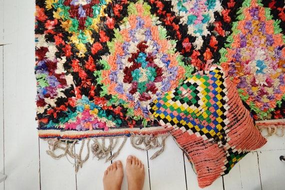 FREE SHIPPING>> Vintage Moroccan Boucherouite  Rug,  Beni Ouirain Rug,Moroccan Rug,Hand Woven Rug, Bohemian Rugs, Xmas Gifts, 60x99''