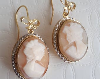Vintage Silver Earrings with genuine sardonic cameo shell, flake earrings