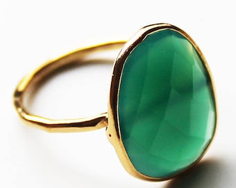 Faceted Semi-Precious Natural Green Onyx GemStone 18ct Gold Plated Statement Ring - Size 7 or 9