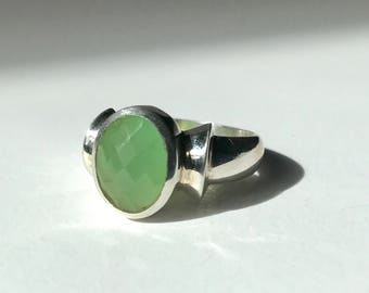 Faceted Chrysoprase Ring US 7 1/2