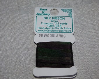 House of Embroidery collar 69 WOODLANDS 7mm Silk Ribbon