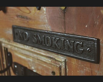 Cast Iron  'No Smoking'  Plaque Great Rustic Sign 230mm