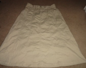 Size 16 size vintage skirt 34 inch waist 32 inch length-skirt-vintage skirt- skirts- high waist--plus size clothing--plus size clothing-