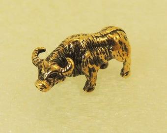 Figurine Tiny Bull