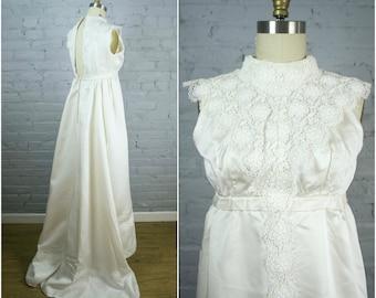 vintage wedding gown . white faille 1960s sleeveless wedding gown with train . 60s retro wedding dress . xsmall pettite