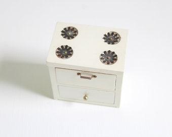 Miniature Stove, Dollhouse Stove, Miniature Oven, Dollhouse Oven, White Stove, Wooden Stove, White Wooden Stove, Dollhouse Kitchen Tiny Oven