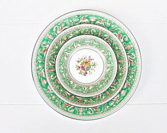 Vintage Wedgwood Florentine Green Set | Florentine Plates Wedgwood Plates Wedgwood Cups Florentine  sc 1 st  Etsy & Vintage Dinnerware Sets | Etsy