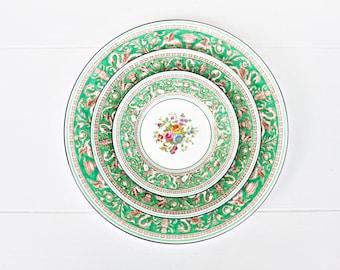 Vintage Wedgwood Florentine Green Set | Florentine Plates Wedgwood Plates Wedgwood Cups Florentine Green Bread Florentine Green Platter  sc 1 st  Etsy & Wedgwood florentine | Etsy