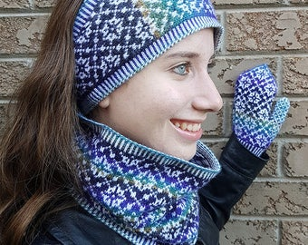 "Women's earband/cowl/mittens set (""Fouilloy"") knitting pattern (PDF)"
