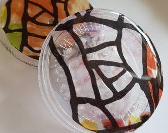 Pink, Orange, Yellow & Green Stained Glass Effect 3 Part Crusher/Grinder