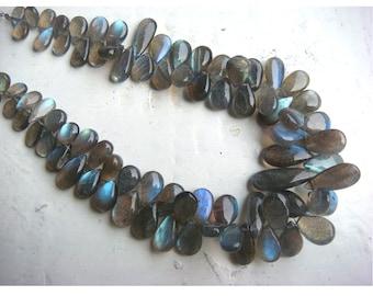 Labradorite - Labradorite Pear Shaped Plain Briolettes - 6x8 - 8x14mm Approx - 4 Inch Strand - 22 Pieces Approx