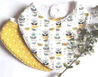 Set of 2 bibs bandana cotton and sponge, pattern retro graphic