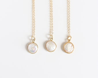 Simple Freshwater Pearl Necklace / Dainty Pearl Necklace on 14k Gold Filled Chain / Delicate Everyday Necklace / June Birthstone Jewelry