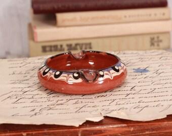 Vintage 1960s ashtray, Pottery ashtray, Mid century modern ashtray, Caramel brown ashtray, Small ashtray, Round ashtray, Man cave decor