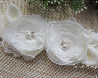 Ivory Bridal Sash Belt, Bridal Flower Belt, Floral Sash, Dress Sash, Something Ivory, Ivory Flower- SB142vanila