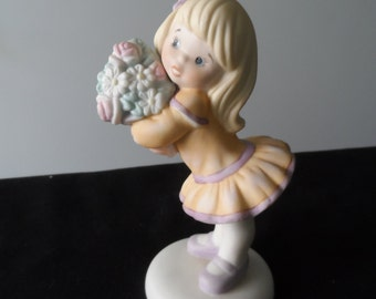 """Gift for Sister  Vintage 1992 Enesco Sisters & Best Friends """"Love you Bunches""""  772216 Girl Holding Flowers Figurine   965"""