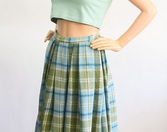 Vintage 50s Full Pleated Skirt / 1950s Plaid Wool Skirt / Woven Green + Blue Tweed / A-line Skirt / High Waisted / Small