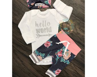Newborn Baby girl coming home outfit, Floral and Pink theme hello world baby girl shower gift coming home from the hospital outfit baby new