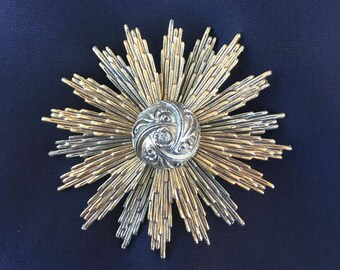 ART Signed Sunburst Brooch, Art-Mode, ART©