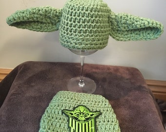 Baby Yoda hat and diaper cover, newborn Yoda outfit, baby Yoda Halloween costume, crochet Yoda baby outfit