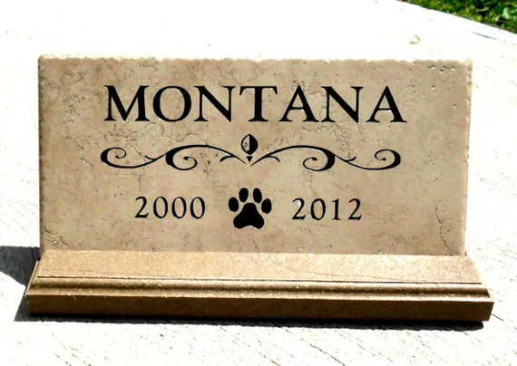 Pet Memorial maintenance free. Personalized sandblasted engraving