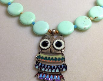 Green Turquoise, Seed Beads, Owl Pendant, beads, jewelry, turquoise necklace, beaded necklace, owl pendant necklace, gold clasp
