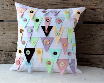 White patchwork pillow cover 16x16. Cotton white cushion with flags and buttons. Quilted sofa pillow for nursery.