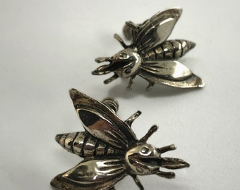 Vintage Sterling Silver Lightening Bug / Bee / Firefly Flying Insect Screw Back Clip On Earrings - Marked Sterling - Beautiful!