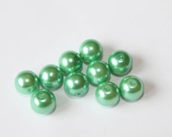 Green Pearl glass beads, 10 mm, set of 10