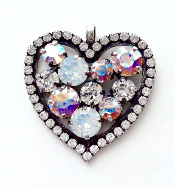 Swarovski Crystal - Valentine Heart   Beautiful Bridal Whites - White Opal, Radiant Crystal, & Aurora Borealis   FREE SHIPPING - SALE - 35.