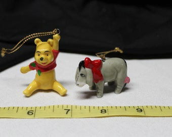 Vintage Disney Winnie the Pooh and Eeyore Mini Porcelain Chritmas ornaments (X066)
