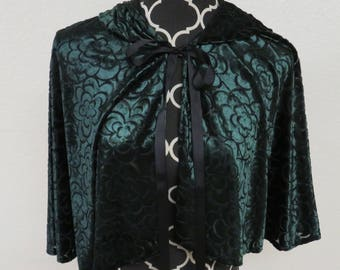 Green Floral Burnout Velvet Semi sheer Hooded Capelet Medieval Renaissance Wicca Elf Fairy LARP Cape Cloak Caroling Dickens Arrow Cosplay