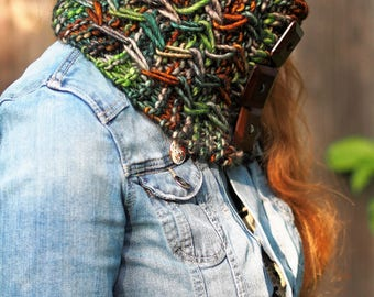 Hand knitting cowl pattern- Jagged Pathways