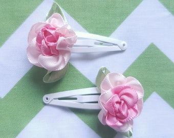 A Set of 2 Girls or Baby Pink Flower Hair Clips Snap Clips