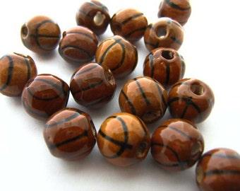10 Basketball Beads (large)