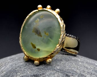 Prehnite Green Oval Ring 925 Sterling Silver Handmade One of a Kind