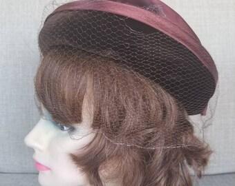 Vintage Women's Brown Veiled Velvet Hat