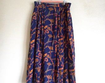 "EVAN-PICONE Baroque gold vines versace-style fabric 32"" waist 80s pleated skirt Rayon"