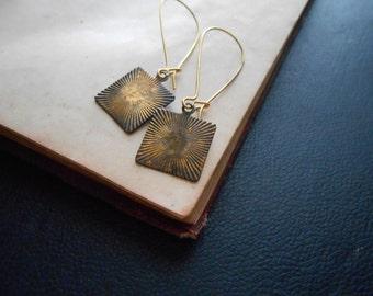 nova - oxidized brass starburst earrings - vintage charm earrings kidney wire hooks - minimal retro galaxy inspired